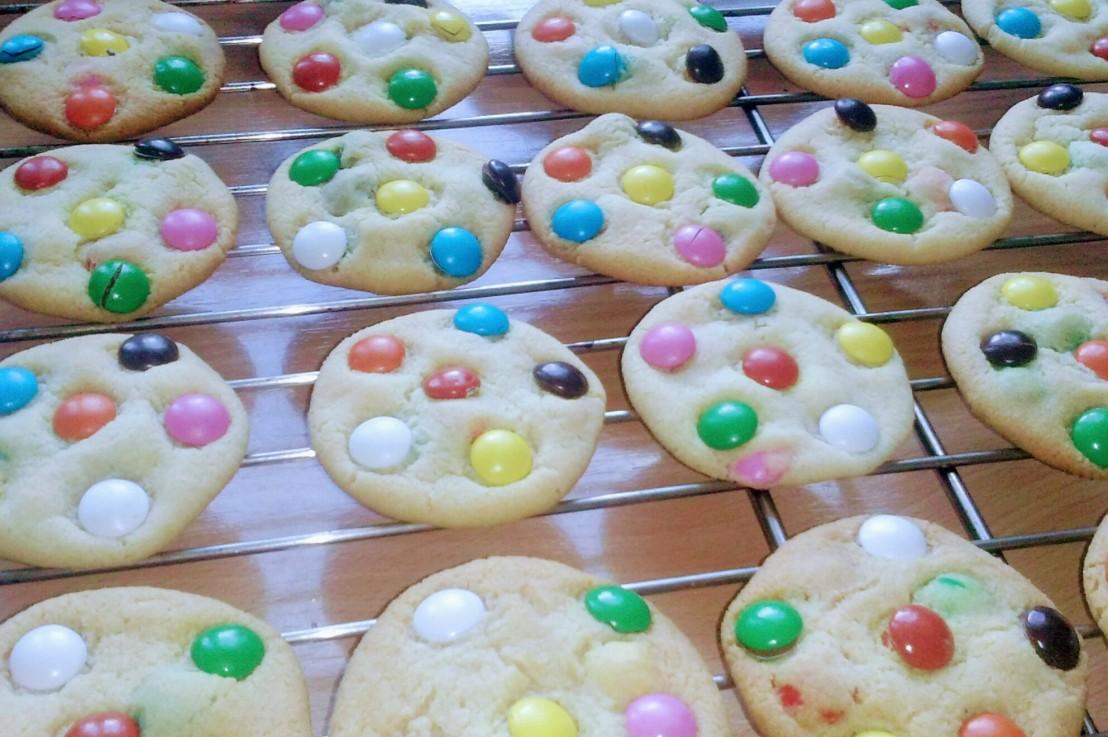 Smartie Cookies – Quick, Easy &Delicious