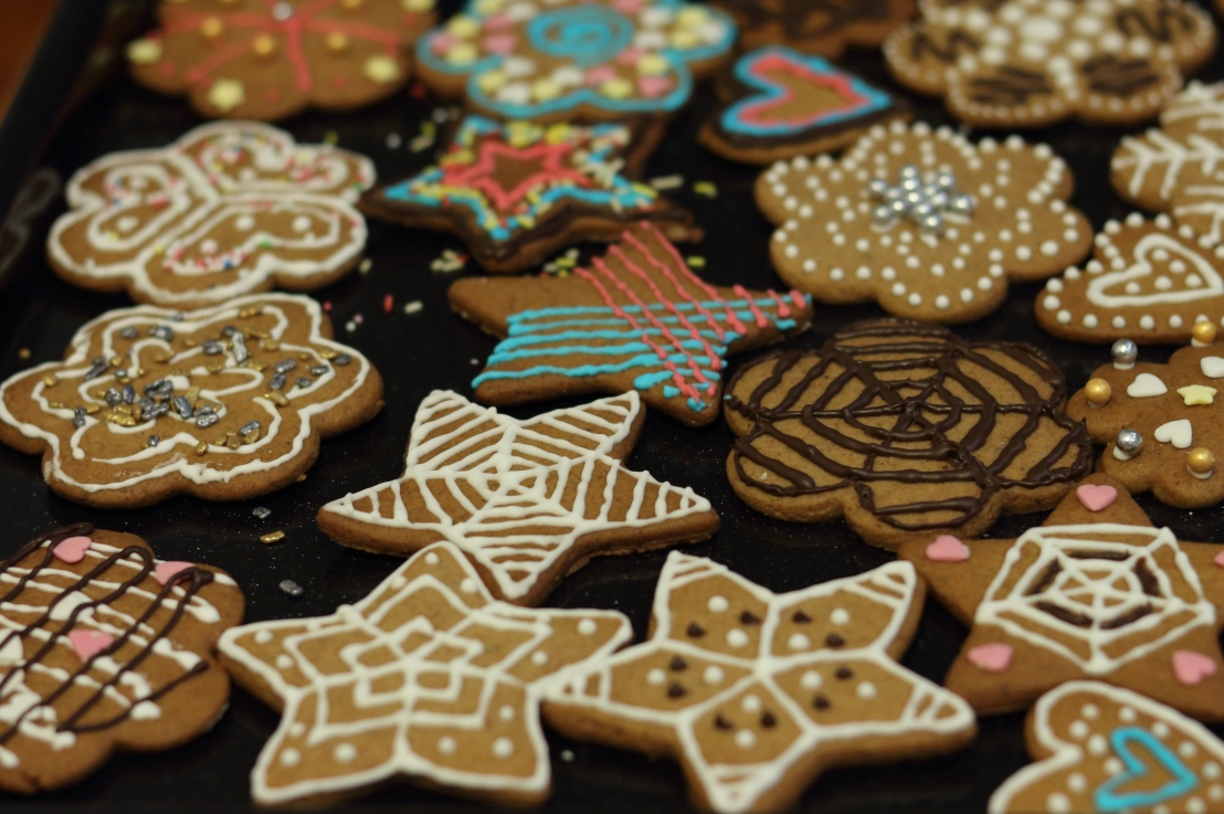 Gingerbread Spiced Disaster – How To Survive FestiveTime