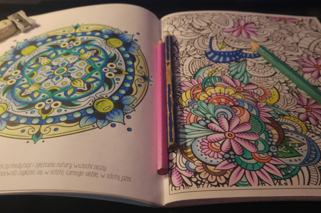 Stress relief – colouring books foradults