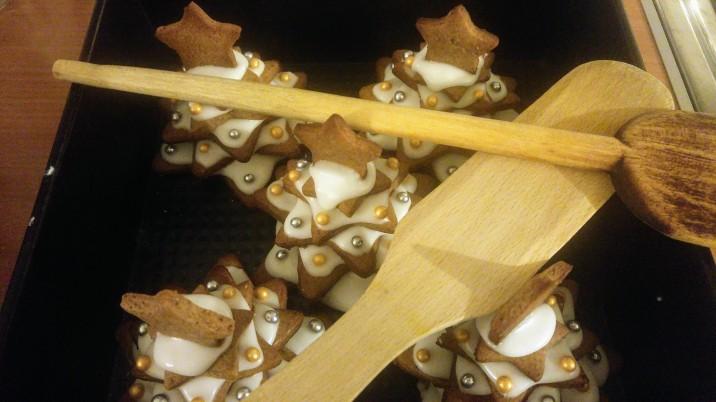 annual-christmas-cookie-decor-3.jpg