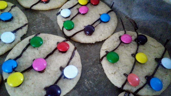 annual-christmas-cookie-decor-lights-2.jpg