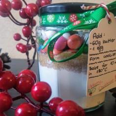 diy-christmas-gift-cookie-jar-3.jpg