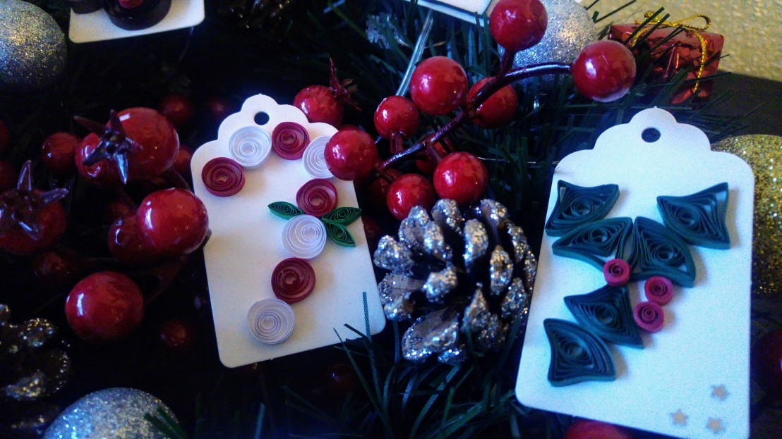 DIY handmade Christmas gift tags - candy cane and holly