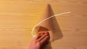 diy-paper-piping-cones-8-a