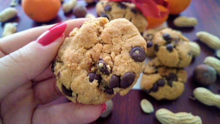 A flourless peanut butter chocolate cookie