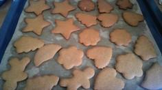 gingerbread-christmas-cookies-baked.jpg