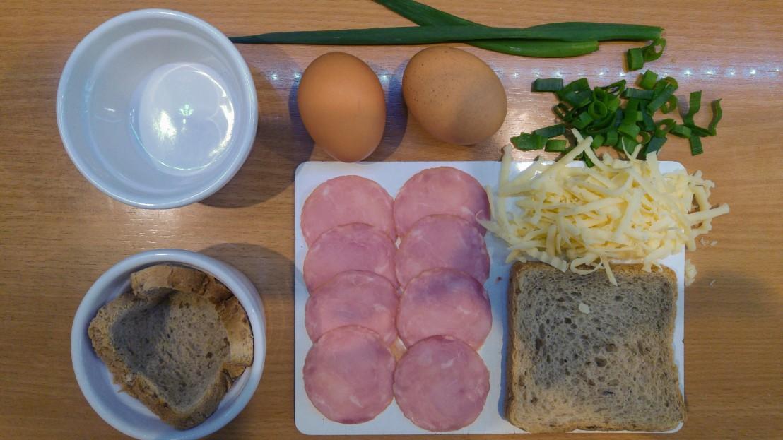 Ingredients for the ramekin breakfast