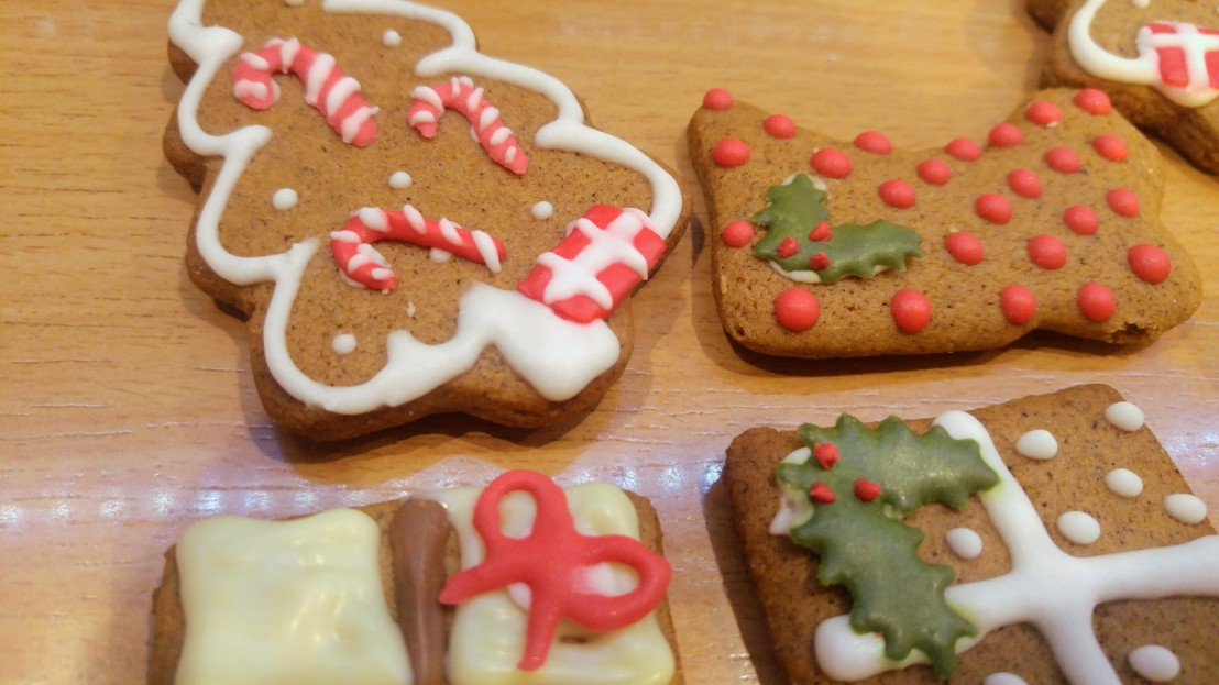 Cookies decorated with royal icing - Christmas tree and a stocking