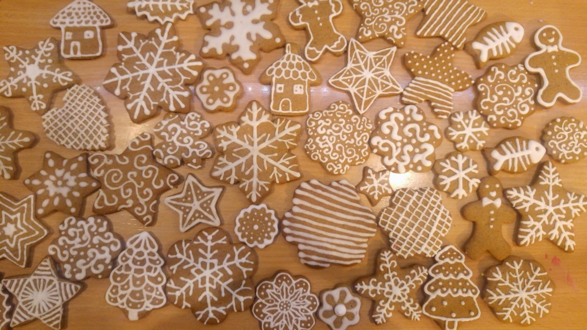 How to Make and Work with Royal Icing