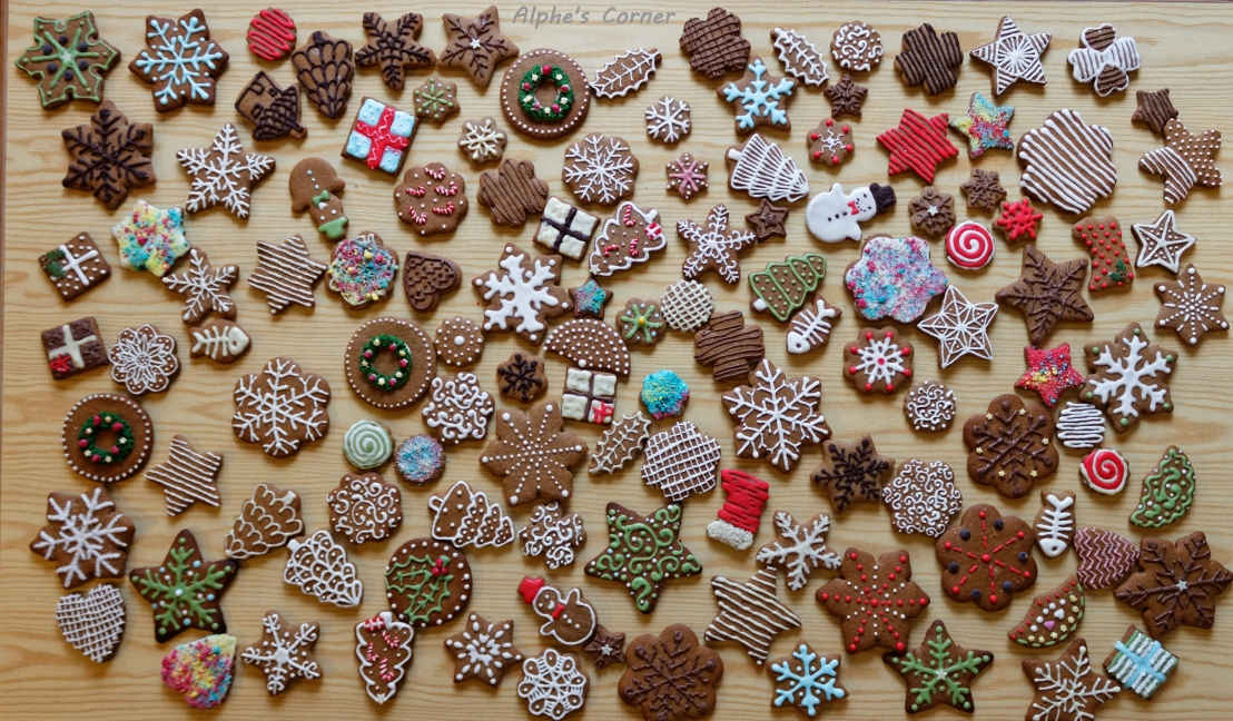 A table full of decorated gingerbread cookies