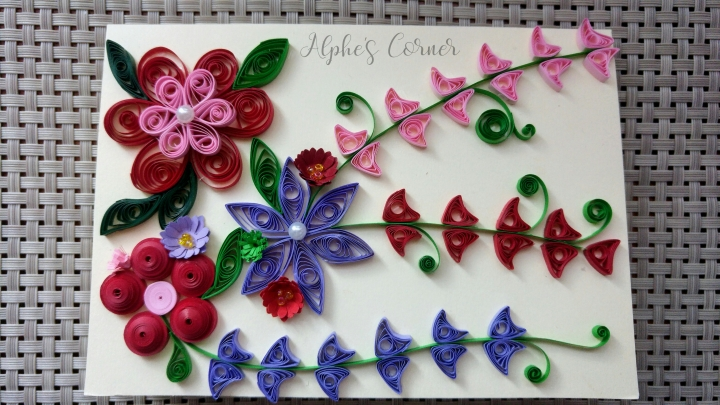 Finished Grandmother's Day quilling card, view from the top