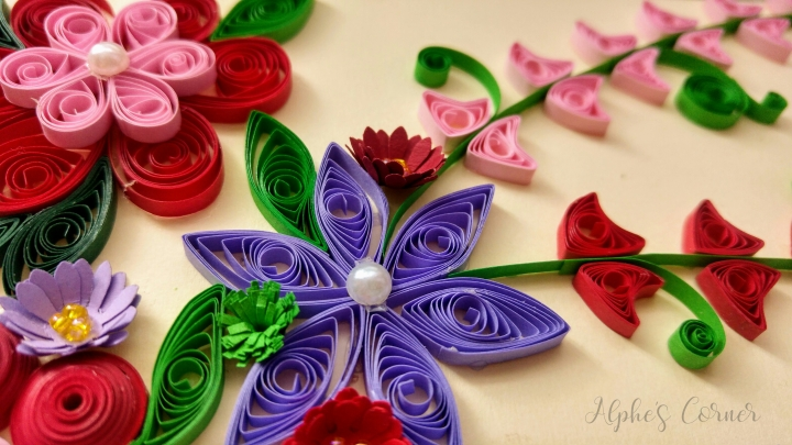 Grandmother's Day quilling card - close up - purple flower
