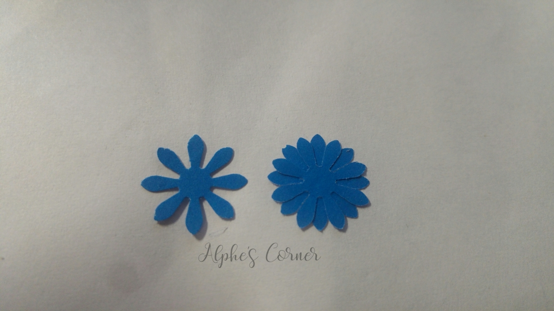 Mini paper flowers - before and after combining three flowers