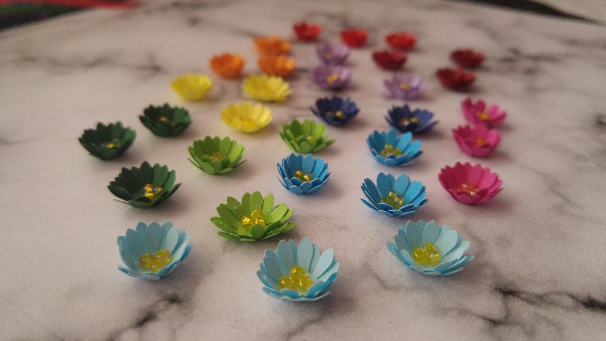 Mini Paper Flowers (Using Flower Cutter)