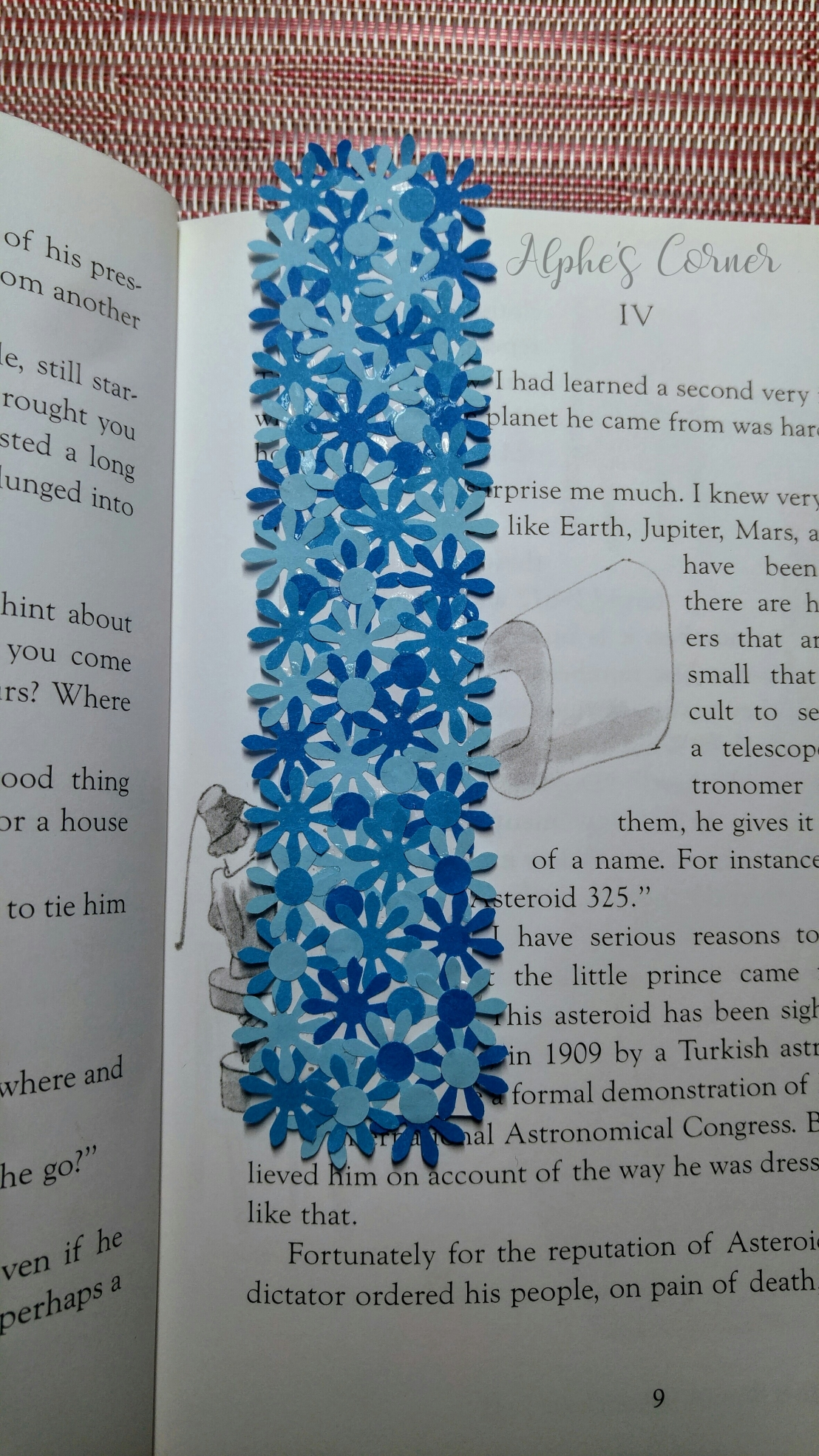 Simple DIY flower bookmarks - bookmark in a book