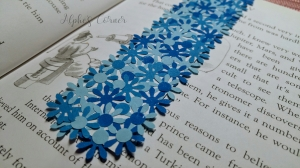 Simple DIY flower bookmarks - in a book