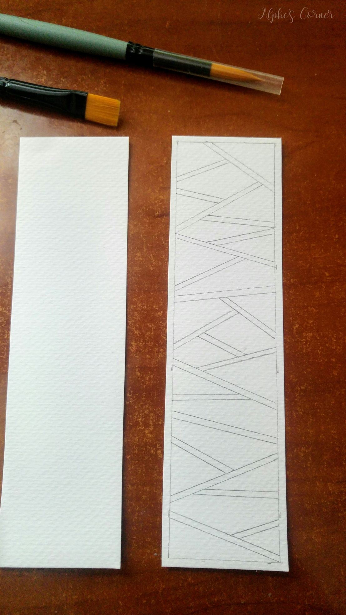 Sketching a geometric pattern on a bookmark