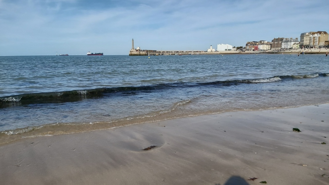 High tide on the beach in Margate