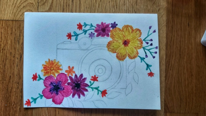 Watercolour card - camera with flowers - step 1