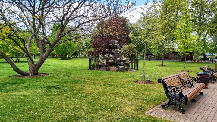 London parks - West Ham Park - pile of rocks statue