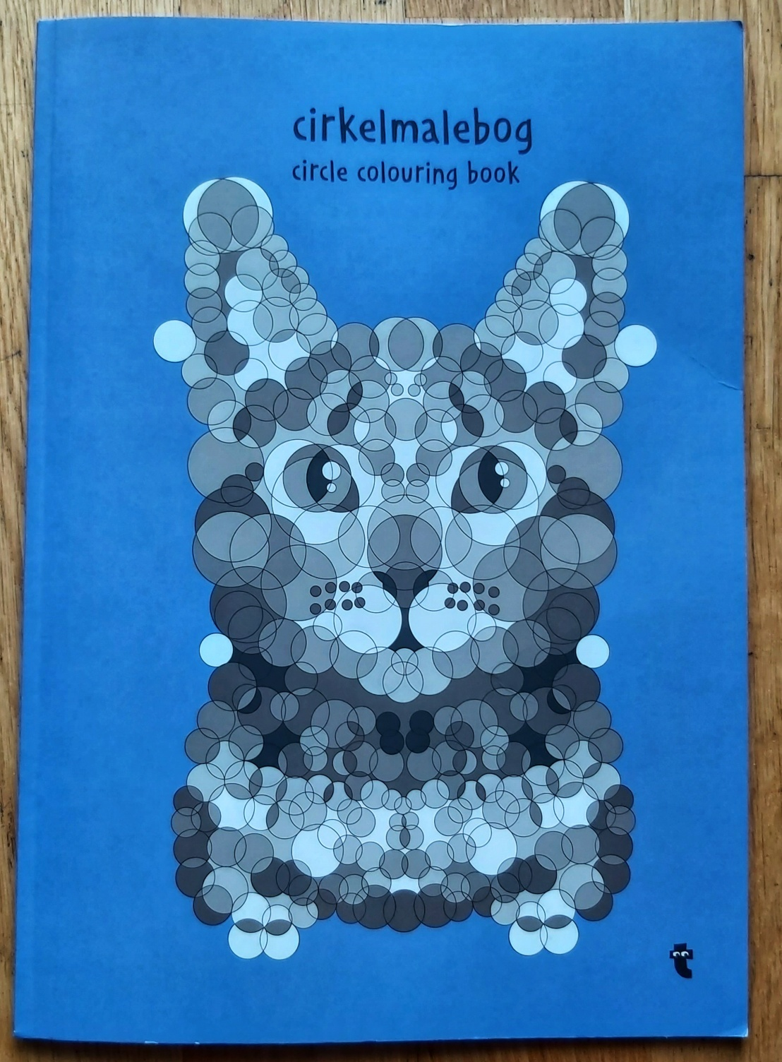 A book with circle numbers colouring pages