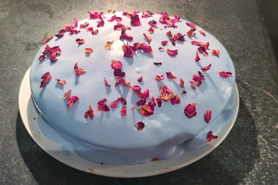 Red Velvet Cake with Blue StrawberryFrosting