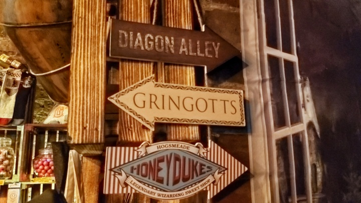 Cracow Trip - signs in the Leaky Cauldron