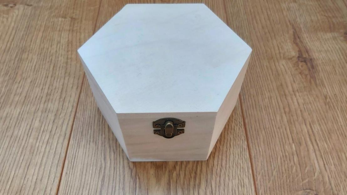 DIY Painted Wooden Box - Cat - hexagonal box before painting