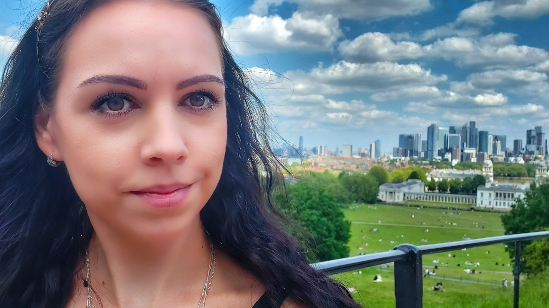 Selfie in Greenwich Park with London Panorama